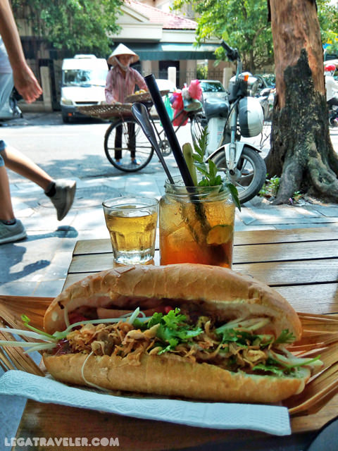 comer-en-vietnam-que-pedir-banh-mi-hanoi