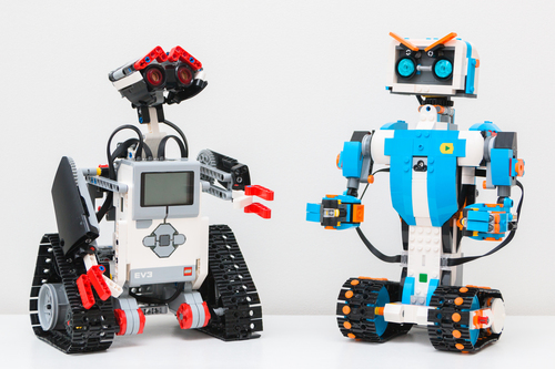 My Personal Droid: Robotics with Dash & Dot, Mindstorm, and EV 3