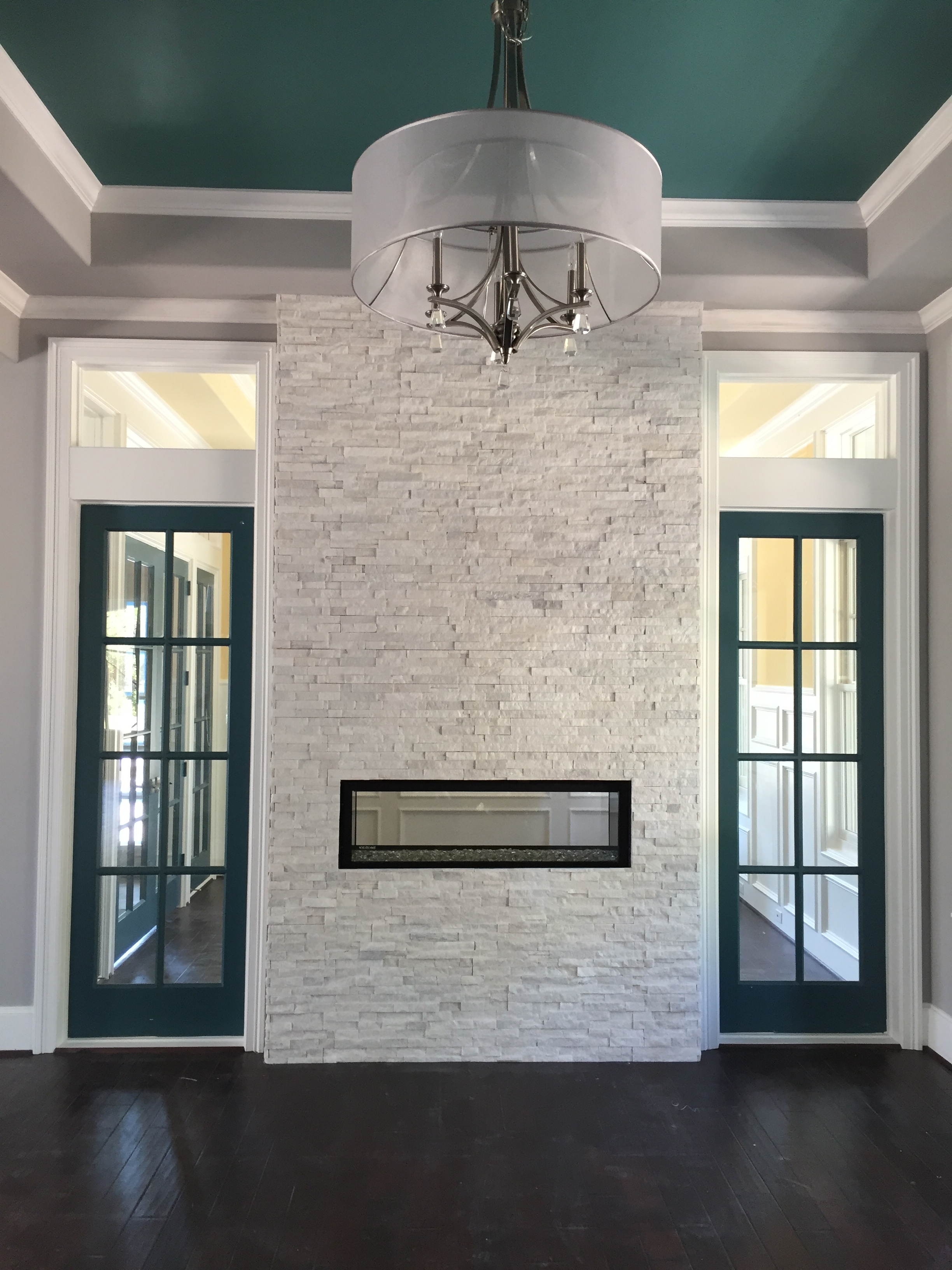 Artic White Ledgestone  Legends Stone  Natural Stone  Building Stone  Thin Veneer  Houston