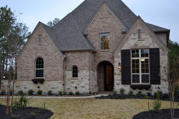 French Country Brick 16 - Building Plans