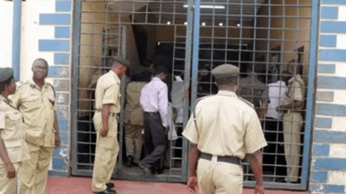 OMG!! 60 Year Old Inmate, 25 Others, Write UTME Exam At Ikoyi Custodial Centre 2 MINUTEREAD
