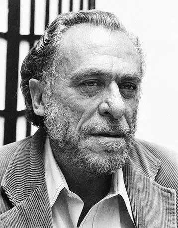 Charles-Bukowski Recensione di Il ritorno del vecchio sporcaccione di Charles Bukowski Recensioni libri