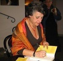 sim-e1413926509788 Recensione di La monaca di Simonetta Agnello Hornby Recensioni libri