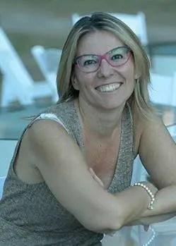 14218326_10208812287957802_455519757_n Il matrimonio di Alice: il racconto di Sara Rattaro per sostenere l'Italia spaccata dal terremoto. Letteratura