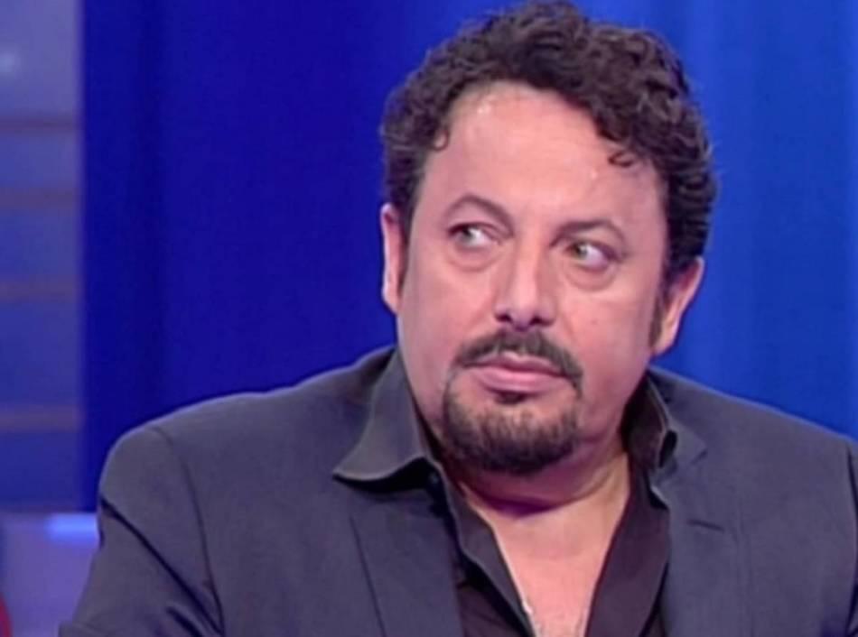 """Enrico Brignano confessa e spiega: """"La pandemia è colpa mia"""""""