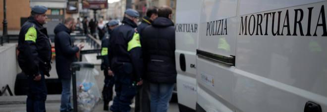 Militare suicida era un pap 29enne Ai colleghi Vado in bagno poi si  sparato  ROMA  LEGGOit