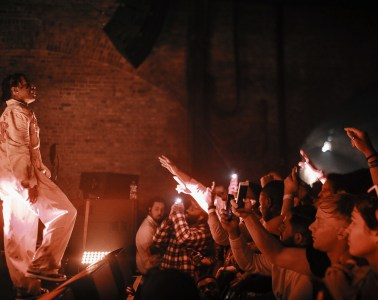 asap_rocky_performs_album_infront_of_crowd