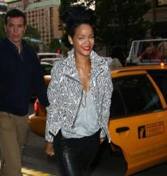 Rihanna retrouve le sourire