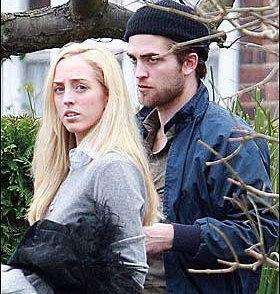 Robert Pattinson - barbue– Photo