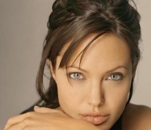 Angelina Jolie – blessée