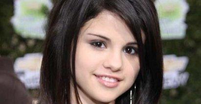 Selena Gomez Nick Jonas Usher