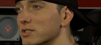 Eminem détrône Lady Gaga sur Facebook