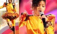 Willow Smith- Découvrez la s'envoler en l'air aux Kid's Choice Awards