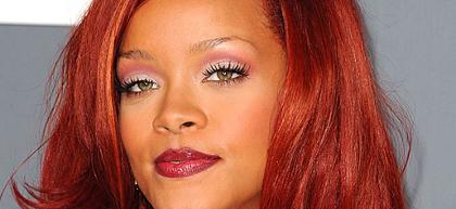 Rihanna dément être avec Usher