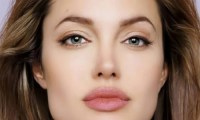 Angelina Jolie maman vie superbe Marcheline Bertrand