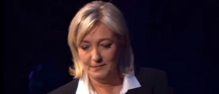 Marine Le Pen Caroline Roux