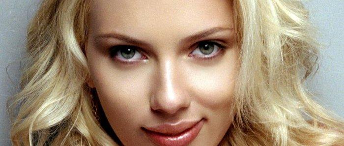 Scarlett Johansson roule Barack Obama