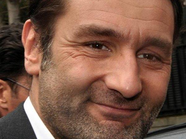 Gilles lellouche au secours de jean dujardin sur tf1 for Dujardin tf1