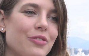 Charlotte Casiraghi oublie Gad Elmaleh avec James Franco