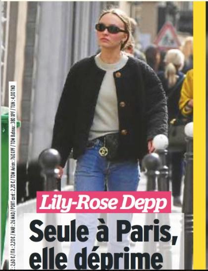 Lily Rose Depp Seule Et Deprimee A Paris Photo