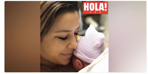 Eva Longoria maman d'un petit  Santiago Enrique (photo)