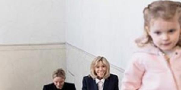 Charlène de Monaco énamourée, ses jumeaux font «marrer» Brigitte Macron (photos)