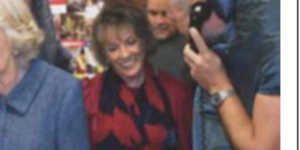 Camilla Parker-Bowles rabaissée en public, elle garde son calme (photo)