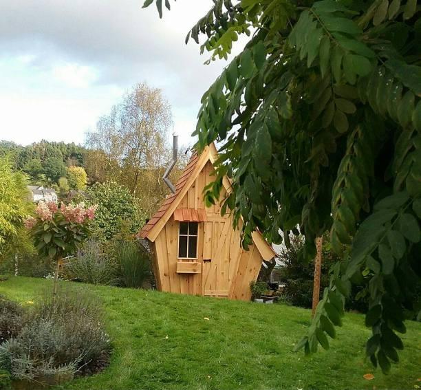 maisonnette en bois cabane en bois le goût du bois