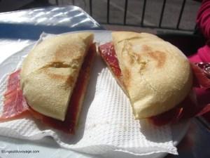 Vacances-en-Espagne-Petit-déjeuné-Andalou