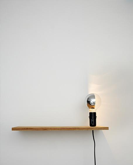 Signature Livre Lumière! 16 luminaires design à réaliser soi-même © Charles Loyer pour les éditions PYRAMYD