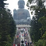 Hong Kong : un bouddha, des buildings