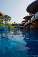 Une des deux piscines de l'hôtel