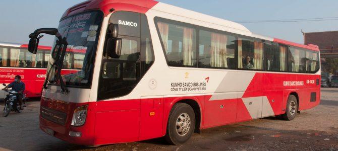Et 10 heures de bus plus tard, le Vietnam – After only 10 hours in a bus, Vietnam
