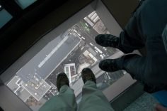 Don't look down - Ne regardez pas en bas !
