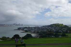 Auckland au loin - Auckland in the distance
