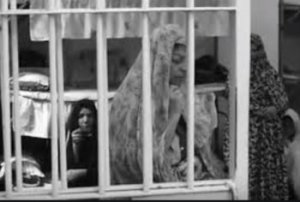 Selon la prisonnière politique Golrokh Ebrahimi Iraee, la vie n'existe pas à la prison de Qarchak -- Golrokh Ebrahimi IRAEE
