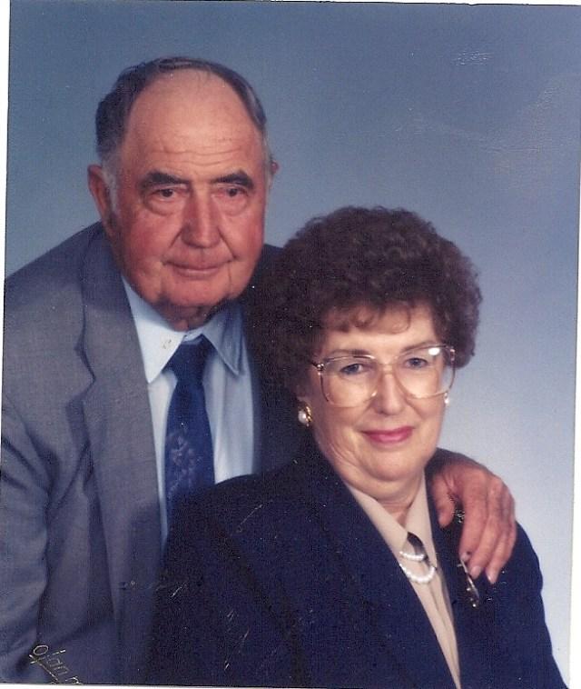 Doris and paul Peterson0001 Aug 11