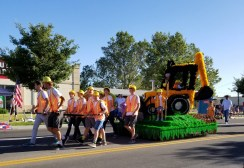 Lehi 2nd ward wins sweepstakes for their relatable construction float in the miniature float parade. | Nicole Kunze