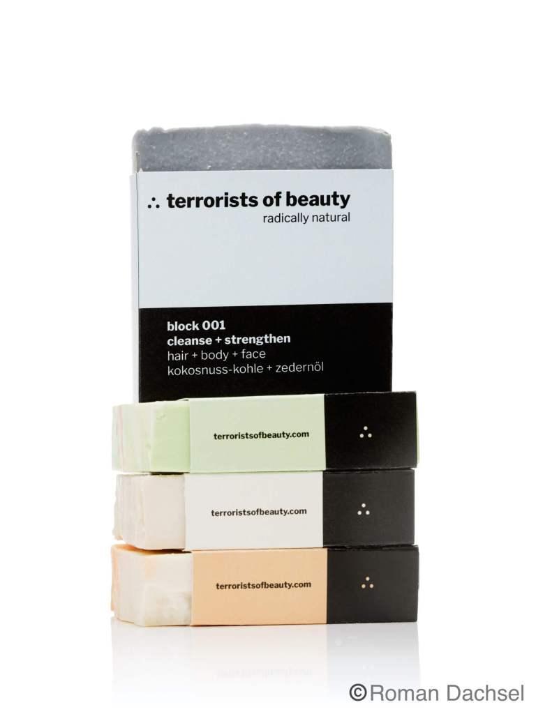 Diese vier Seifen gibt es bei den Terrorists of Beauty zu kaufen. Bestellen im Online-Shop oder im ausgewählten Einzelhandel. Terrorists of Beauty Erfahrungen, Produkte von Terrorists of Beauty gibt es bei Budni und Edeka.