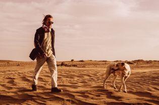 Xiomara Bender: Wüstenmarsch Dr. Thomas Druyen und Max © Xiomara Bender