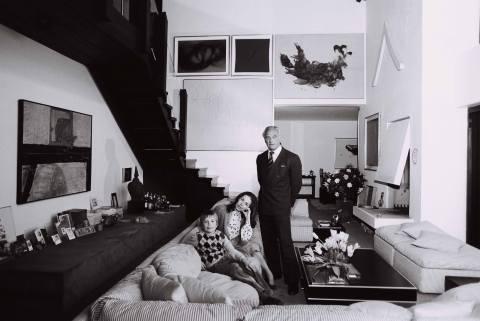 Die Serie Das Deutsche Wohnzimmer gab 1980 Einblicke in diverse gesellschaftliche Milieus: hier im Haus des Ehepaars Rudolf und Inge R. (Fabrikant und Malerin)