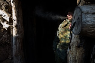 Cigarette break in a trench of a separatist position on the southern front of Donetsk. Donetsk, Ukraine, January 13, 2020. Pause cigarette dans une tranchee sur une position separatiste situee sur le front sud de Donetsk. Donetsk, Ukraine, le 13 janvier 2020.