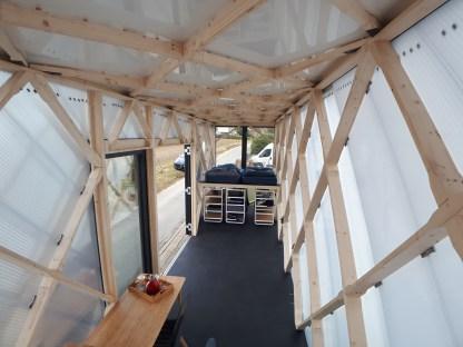 Tiny Houses nutzen die Höhe aus, um mehr Wohn- und Stauraum zu schaffen.