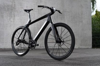 CarboFibretec adaptiert die Transrapid-Technik in das 12kg leichte E-Bike Velocité (Quelle: CarboFibretec)