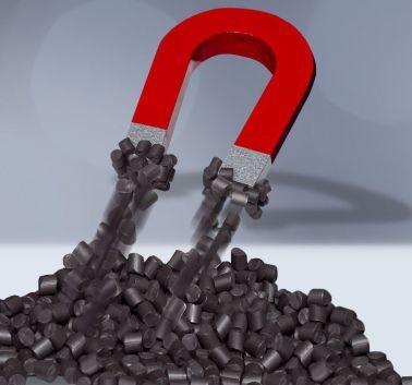 """Kebablend / MW 53.000 ist ein magnetischer Compound aus dem Kunststoff PPS und weichmagnetischem Füllstoff von Barlog. Er kann spritzgegossen werden. Die Rotorscheiben für den Leichtbaumotor aus dem """"Prolemo""""-Projekt für Elektrofahrzeuge sind aus diesem Material gefertigt. (Quelle: Barlog Plastic Compounds)"""