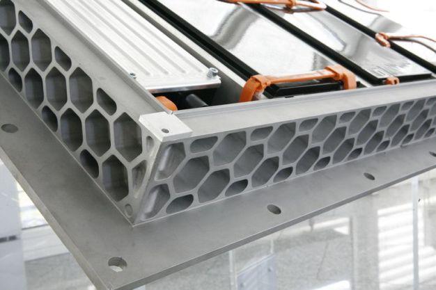 Batteriesystem - Rahmen in Wabenstruktur (Quelle: Handtmann)