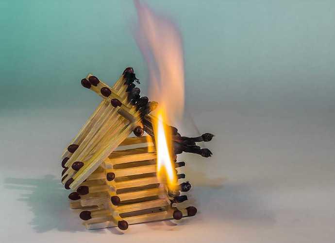 Brandverhalten von Holz