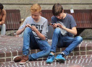 Smartphone, Tablet & Computer