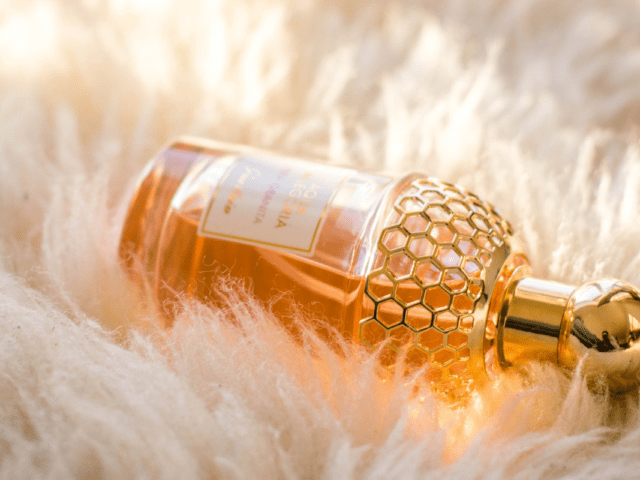 What is Fragrance and WhyYou Should Avoid It