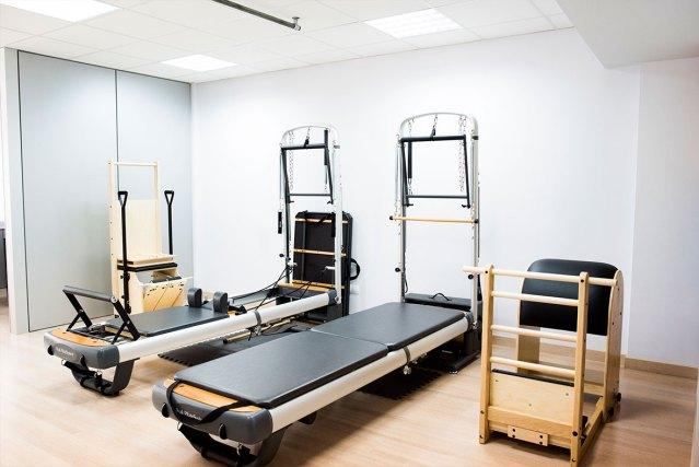 Pilates studio aparatos